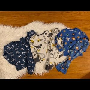 3 Pairs of Carters Pajamas
